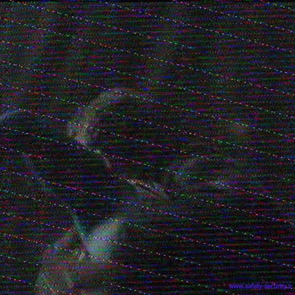 بررسی نویز در دوربین مداربسته
